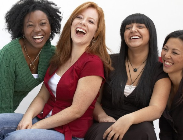 4-women-laughing-black-and-white